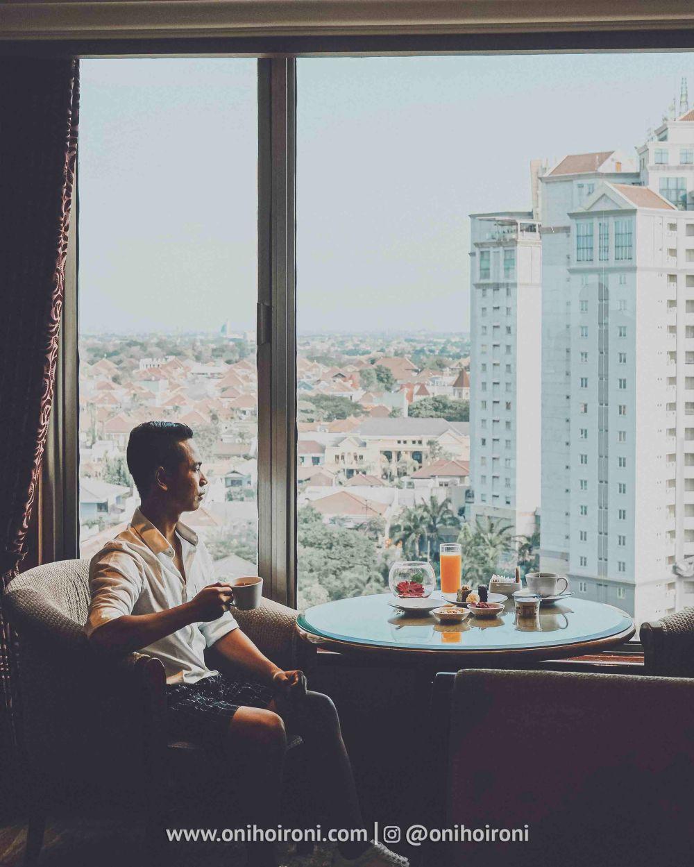 6 Review Horizon Club Lounge Shangrila Surabaya Hotel Oni hoironi