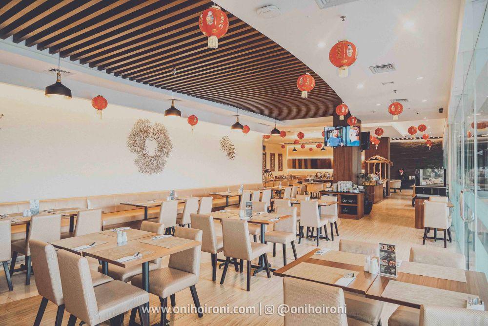 4 Restaurant Review Hotel Grand Whiz Poins Simatupang Jakarta oni hoironi
