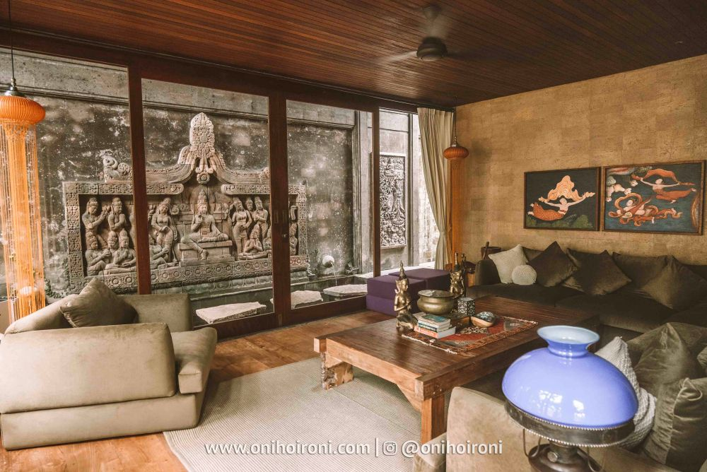 1 living room review Dragon house bali penjiwaan community onihoironi