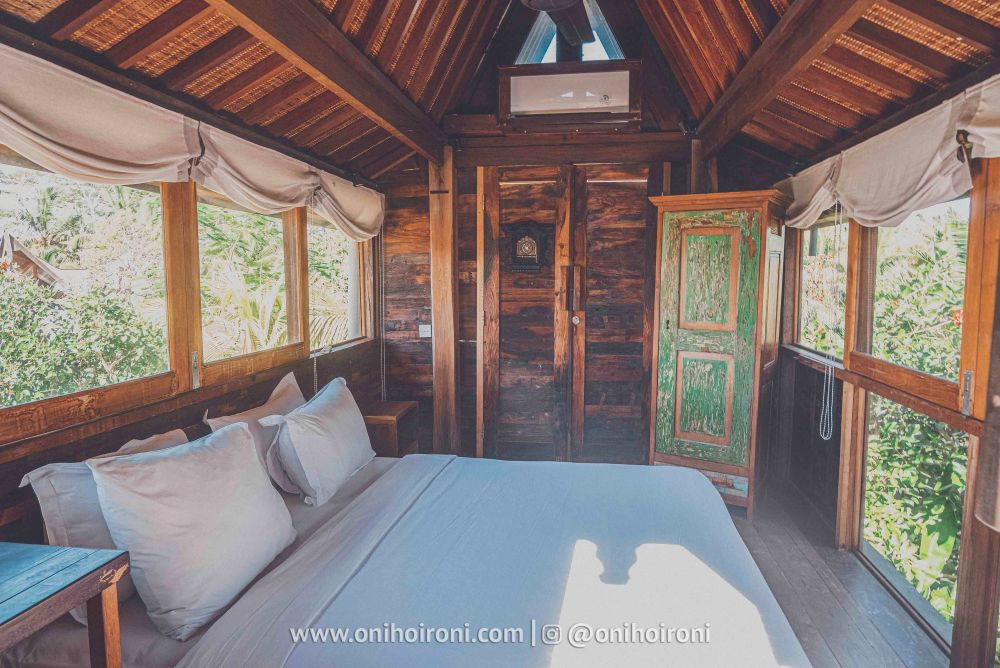 review room 3 Mother ship house bali oni hoironi