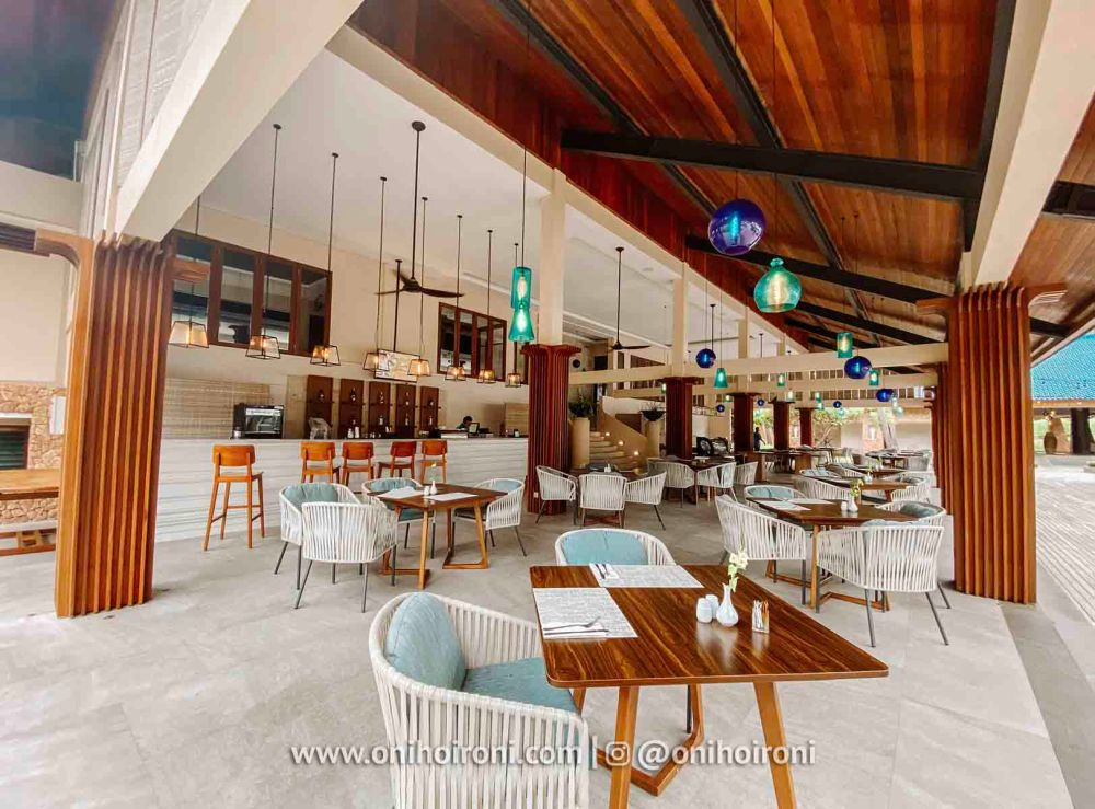 1 Restaurant review Wyndham Sundancer Resort Lombok onihoironi