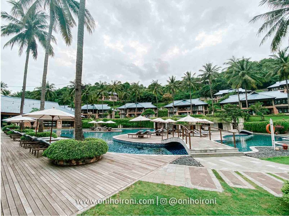 3 Swimming Pool review Wyndham Sundancer Resort Lombok onihoironi