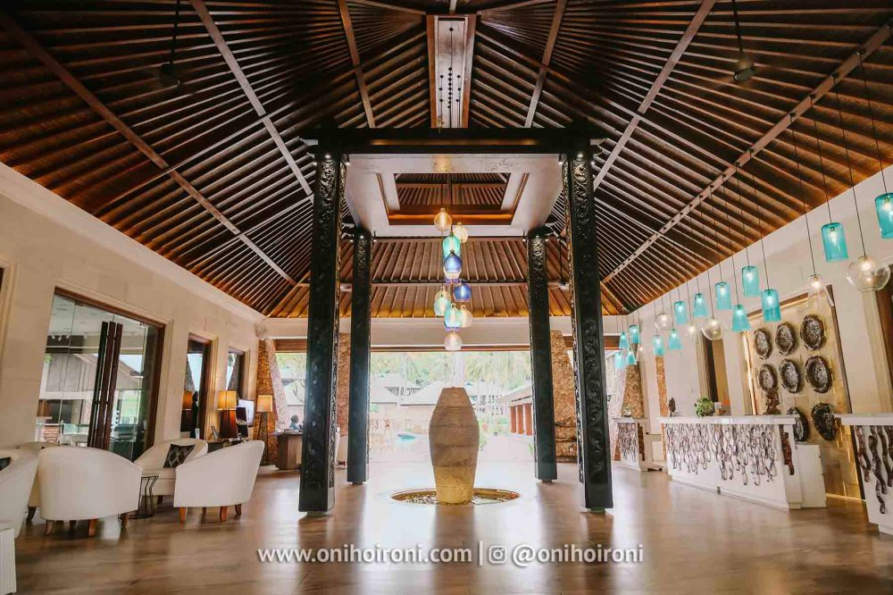 4 lobby review Wyndham Sundancer Resort Lombok onihoironi