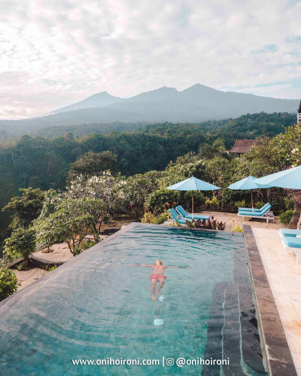 4 Swimming pool review rinjani lodge lombok onihoironi