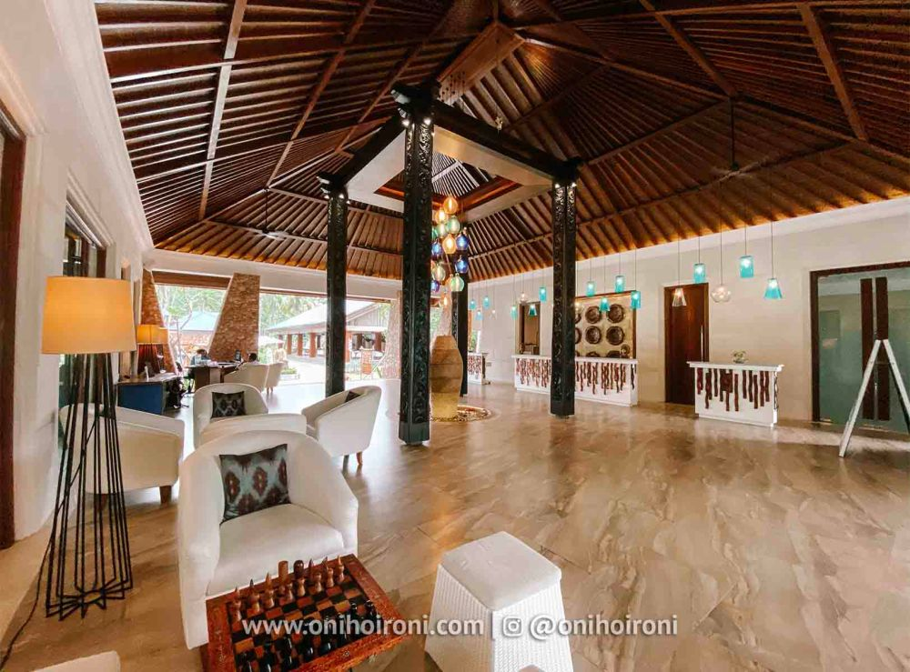 5 lobby review Wyndham Sundancer Resort Lombok onihoironi