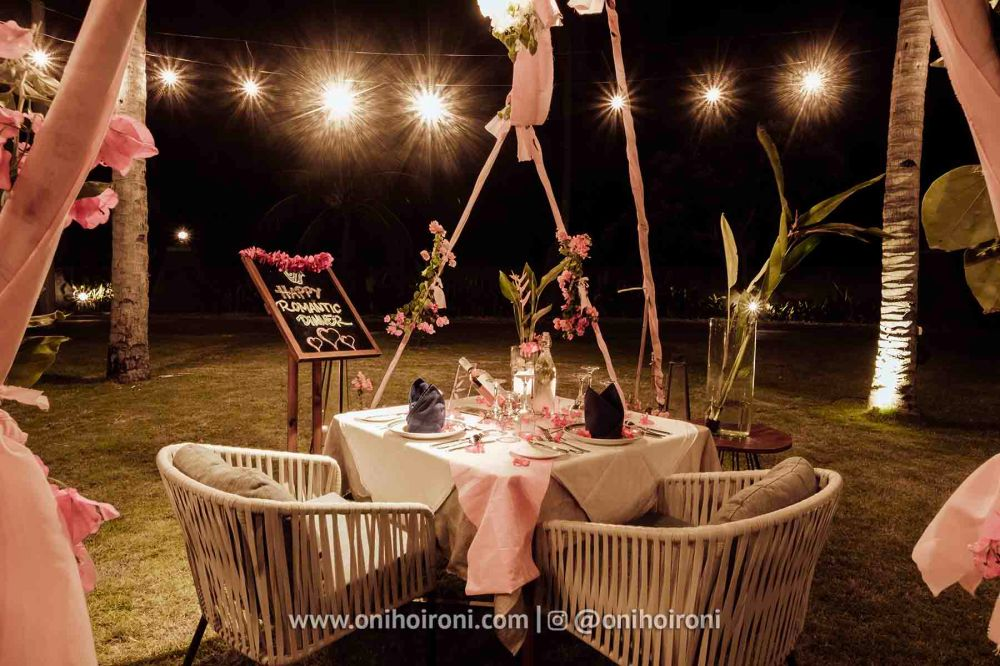 romantic dinner review Wyndham Sundancer Resort Lombok onihoironi